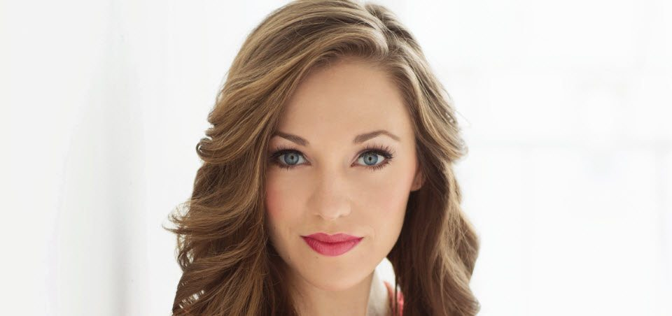Laura Osnes Anything Goes Life is a Cabaret with...